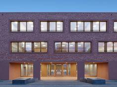 Einladende Festung in Kusterdingen - Gymnasium von Klumpp+Klumpp