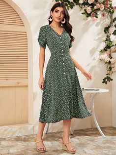 Modest Clothing, Modest Outfits, Dress Outfits, Casual Dresses, Fashion Dresses, Summer Dresses, Cute Outfits, Dress Skirt, Dress Up