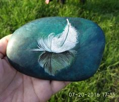 ❥●❥ ♥ ♥ ❥●❥ Painting on a rock