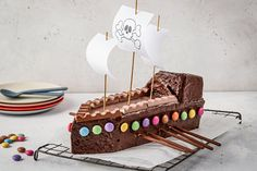 Try Pirate boat cake by little FOOBY now. Or discover other delicious recipes from our category Chef. Pirate Boat Cake, Baby Food Recipes, Baking Recipes, Dad Cake, Chocolate Sticks, 4th Birthday Cakes, Bowl Cake, Weird Food, Cakes For Boys