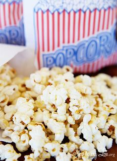 Homemade Kettle Corn is one of those things you can't stop eating! With only a few ingredients you can make it at home! www.skiptomylou.org #recipe #kettlecorn #popcorn