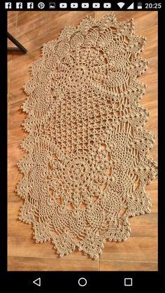 Trilhos E Tapetes Grafico - Diy Crafts - - Diy Crafts Crochet Table Runner Pattern, Crochet Doily Diagram, Crochet Doily Patterns, Crochet Tablecloth, Filet Crochet, Crochet Doilies, Diy Crafts Crochet, Crochet Art, Crochet Home