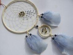 Weißer Traumfänger mit Labradorith und Perlen von Traumnetz.com  - Kraft der Steine   Besondere Geschenke auf DaWanda.com