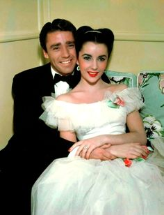 Elizabeth Taylor with Peter Lawford.
