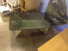 (126) FINN – Sofabord med glassplate