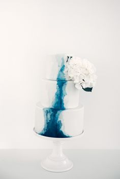Watercolor Wedding Cake, Wedding Cakes, Table Lamp, Vase, Decor, Cactus Cake, Food Coloring, Wedding Gown Cakes, Decoration