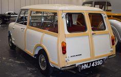 Morris Mini Traveller Classic Mini, Classic Cars, Mini Morris, Mini Countryman, Woody, Minis, Dream Cars, Madness, 1960s