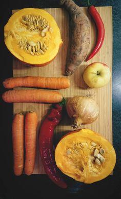 Zelfgemaakte verse biologische pompoensoep Happy Healthy, Healthy Food, Healthy Recipes, Sausage, Meat, Healthy Foods, Sausages, Healthy Eating Recipes, Healthy Eating