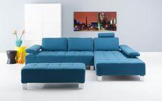 Alvin is een stijlvol zitmeubel. Door het moderne design, de fijn geweven lichtblauwe stoffering en de metalen poten is het een eyecatcher in ieder interieur. Zitmeubel Alvin heeft zijn extreem goede zitcomfort te danken aan de hoogwaardige vulling van Luxafoam in de zitkussens en de handverstelbare armen.