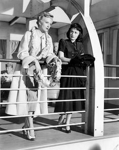"""Deborah Kerr and Donna Reed in """"From Here to Eternity"""" Donna Reed - Best Supporting Actress Oscar 1953 Old Hollywood Movies, Golden Age Of Hollywood, Vintage Hollywood, Classic Hollywood, Hollywood Glamour, Hattie Mcdaniel, Star Costume, From Here To Eternity, Donna Reed"""