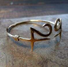 Jupiter Symbol Jupiter Symbol, Drops Of Jupiter, Yellow Sapphire Rings, Cuff Bracelets, Bangles, Pisces Moon, Magic Ring, Greek Clothing, Greek Outfits