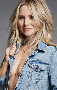 Kristen Bell by James Macari for Shape Magazine November 2017 Kristen Bell, Blonde Actresses, Bollywood, Fashion Background, Sexy Women, Shape Magazine, Hot Blondes, Fashion Tips For Women, Woman Crush