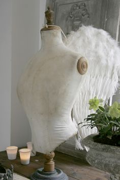 ❥ Angel~ *love* this mannequin