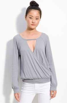 The front detailing is almost as cute as the back (small slashes at the shoulder blades).