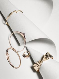 Editorial | Jewellery & Watches | #jewellery #paper