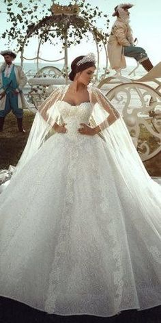 30 Ball Gown Wedding Dresses Fit For A Queen ball gown wedding dresses sweetheart strapless with cape said mhamad photography Queen Wedding Dress, Royal Wedding Gowns, Wedding Dress Low Back, Western Wedding Dresses, Sweetheart Wedding Dress, Perfect Wedding Dress, Gown Wedding, Bridal Gowns, Dream Wedding