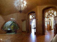 Beautiful sculptural interior in Barcelona