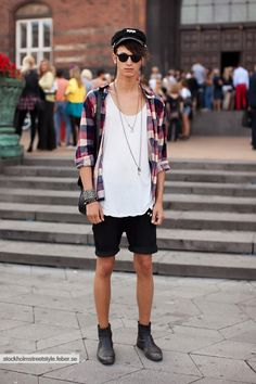 Street Style: Stockholm Syndrome photo 11