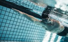 Download wallpapers swimming, wave, swimmer, swimming pool, water sports, 4k