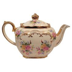 English Sadler Teapot