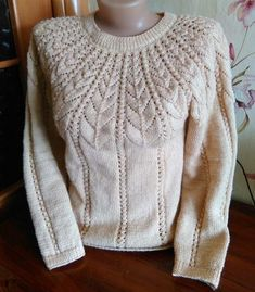 Diy Crafts - VK is the largest European social network with more than 100 million active users. Sweater Knitting Patterns, Cardigan Pattern, Knitting Designs, Knit Patterns, Crochet Woman, Knit Crochet, Jumper Designs, Knitting For Beginners, Sweaters For Women