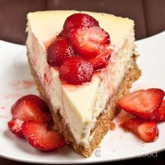 Perfect New York Style Cheesecake (no cracks) - Chew Out Loud Sweets Recipes, Gourmet Recipes, Snack Recipes, Cooking Recipes, Desserts, Cafe Food, Cheesecake Recipes, How To Make Cake, No Bake Cake