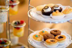 DIE SÜSSE - Selbstgemachte Muffins aus der eigenen Patisserie und frische Früchte