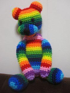 Amigurumi: Rainbow bear. By Mes Crazy Experiences