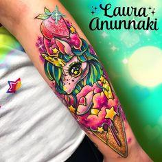 Tattoo artist Laura Annunaki (or Laura Aguilar) kawaii Japanese tattoo