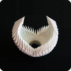 The Origami Swan is one of the most exquisite origami models which you can make. Despite the fact that you can make almost anything with enough triang Origami Swan, Diy Origami, Origami Tutorial, 3d Origami Schwan, Diy And Crafts, Paper Crafts, Origami Models, Shibori, How To Make