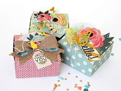 One piece Gift Box by Kim Watson - See how to make pretty paper gift boxes without a template #scrapbook #papercrafts