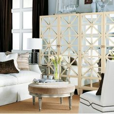 Flip through home decoration gallery photos and get great interior design ideas. Photos are the best way to start your home design. French Living Rooms, Glam Living Room, Elegant Living Room, Living Room Decor, Glam Room, Dining Room, Home Interior Design, Interior Decorating, Modern Interior