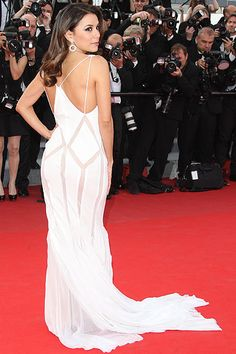 Eva Longoria arrives at the 'De Rouille Et D'os' (Rust and Bone) premiere during the 65th annual Cannes Film Festival in Cannes, France -on May 17, 2012