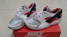 Nike Air Huarache LE Neutral Grey University Red White 318429 002