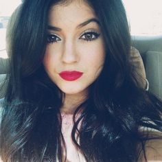 Kylie Jenner makeup. Love her edgy looks | Edgy style | Pinterest