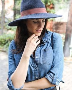 One of our favorite ladies, @runwaychef in the Sterling Silver Prairie Ring. Check out her most recent blog post about her trip to Nashville! Link in profile. • • • • • #sierrawinterjewelry #jewelry #finejewelry #sterlingsilver #travel #nashville  #photoshoot #styled #runwaychef  #blogger #foodblogger #lifestyle #kansas #kcmo #Kansascity #supportlocal #shoplocalKC