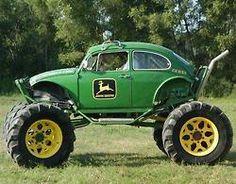 A John Deer-inspired Volkswagen Baja Bug! Cool Trucks, Cool Cars, Vw Caddy Mk1, Vw Beach, Auto Volkswagen, Volkswagon Bug, Vw Baja Bug, Kdf Wagen, Monster Trucks