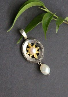 Gold, Gemstone Rings, Brooch, Gemstones, Jewelry, Silver Pendants, Gems, Dirndl, Neck Chain