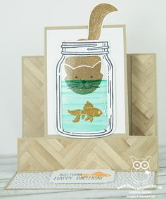 Check out this fun mini centre step easel card I created using #FoxyFriends #Kitty and #Jar of Love #EverydayJarFramelits. Full instructions and template can be found on my blog post: http://www.blog.thecraftyowl.co.uk/post/2016/07/19/Jar-of-Love-Mini-Centre-Step-Easel-Card #StampinUp The Crafty Owl | Jar of Love Mini Centre Step Easel Card