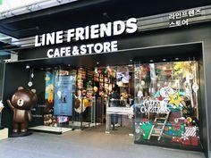 Line Friends Store & Cafe in Gangnam, Seoul