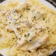 My favorite slow cooker meal? Slow Cooker Chicken Stroganoff (Mix Chicks Crock Pot)