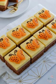 Pin by Maria Müller on Kuchen in 2020 Baking Recipes, Cookie Recipes, Dessert Recipes, Beaux Desserts, Chocolate Fudge Frosting, Cake Tasting, Orange Recipes, Cake Decorating Tips, Summer Desserts