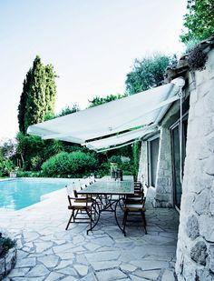 stunning outdoor swimming pool (via Femina.dk)