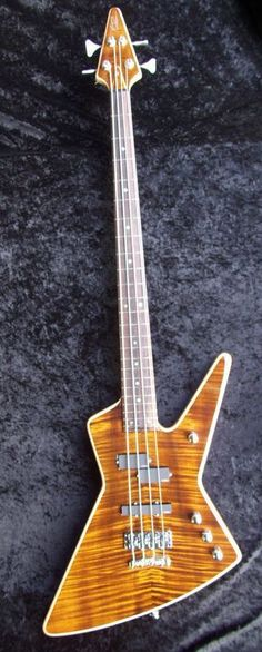 MacPherson Bass Guitars - I wouldn't necessarily want one, but I do think that they are a more acceptable version of the 'classic' Explorer bass-'style'....K #BassGuitar