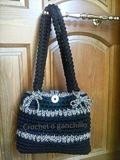 Crochet o ganchillo: Bolso trapillo gris y negro
