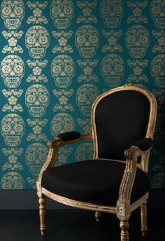 Dangerous Minds | 'Day of the Dead' decorating with awesome skull wallpaper