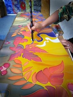 silk painting - if I only had several lifetimes and the motivation to pursue different art forms Fabric Painting, Fabric Art, Hand Painted Fabric, Painted Silk, Batik Art, Silk Art, Art Plastique, Textile Art, Art Lessons