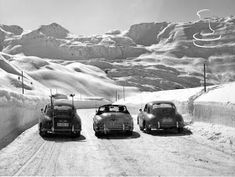 illicit Blag: Remembering that brief moment of history when skiing and Porsches were cool Porsche 356, Porsche Cars, Vintage Ski, Vintage Cars, Creepy Old Man, Bedroom Art, Courses, Classic Cars, Porsche Classic