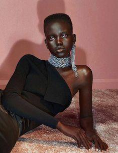Fashion Editorial : driflloon:pure jean-ius: adut akech bior for vogue au june 2017 Afro, Beautiful Dark Skinned Women, Beautiful Black Women, Black Supermodels, Inka Williams, Editorial, Vogue, Black Girl Aesthetic, Fashion Poses