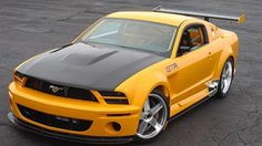 Rechtzeitig zum 40.Geburtstag der Coupé-Legende Ford Mustang bringen die Amerikaner ein Jubiläums-Concept-Car, das es sich in sich hat: Der GT-R hat 440 PS und Rennsportambitionen.